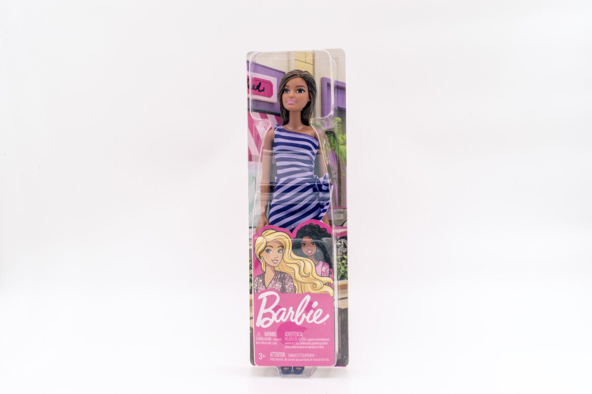 Barbie lutka brineta