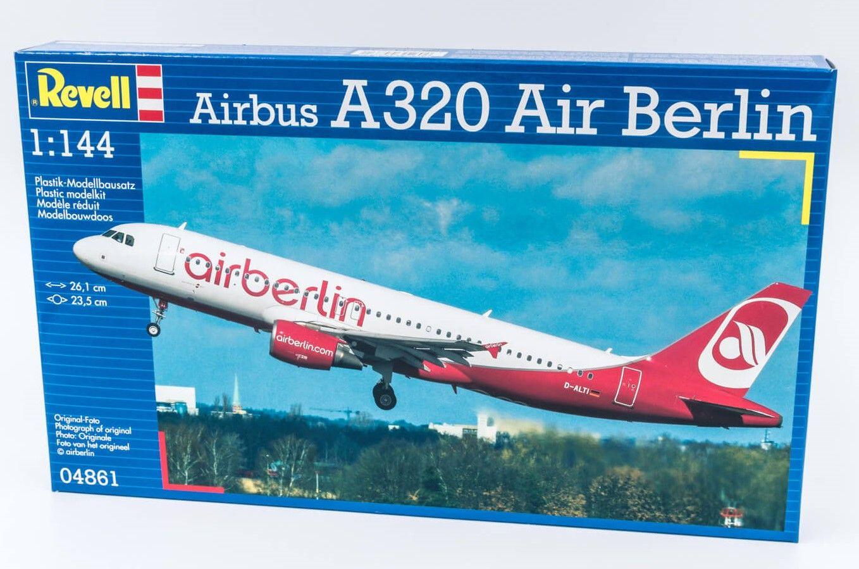 Revell Airbus A320 maketa Air Berlin 1:144