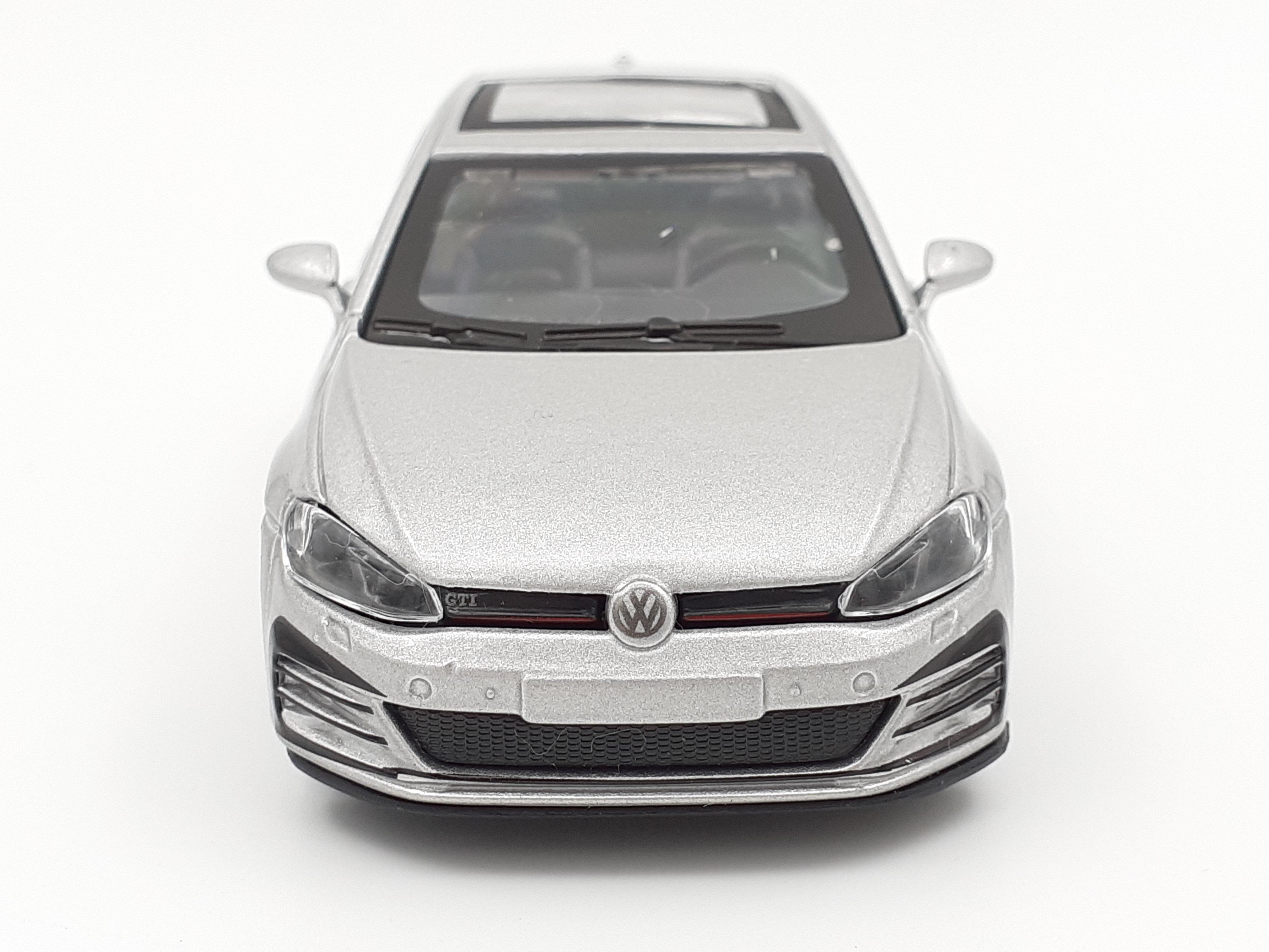 Maisto Volkswagen Golf 7 GTI 1:38