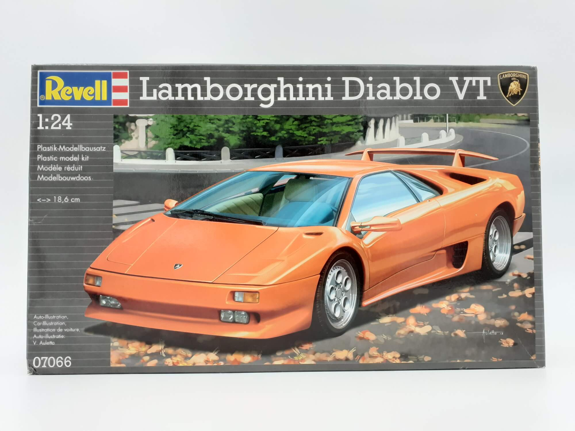 Revell maketa Lamborghini Diablo VT 1:24